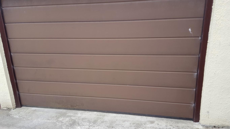 Garage Door Cleaning in Devon