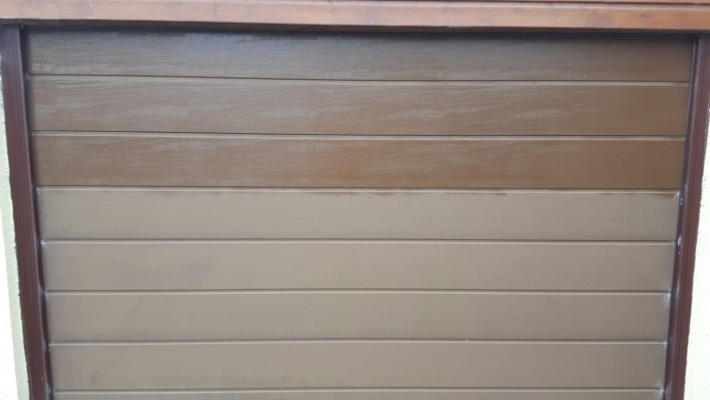 Cleaned Garage Door in Devon